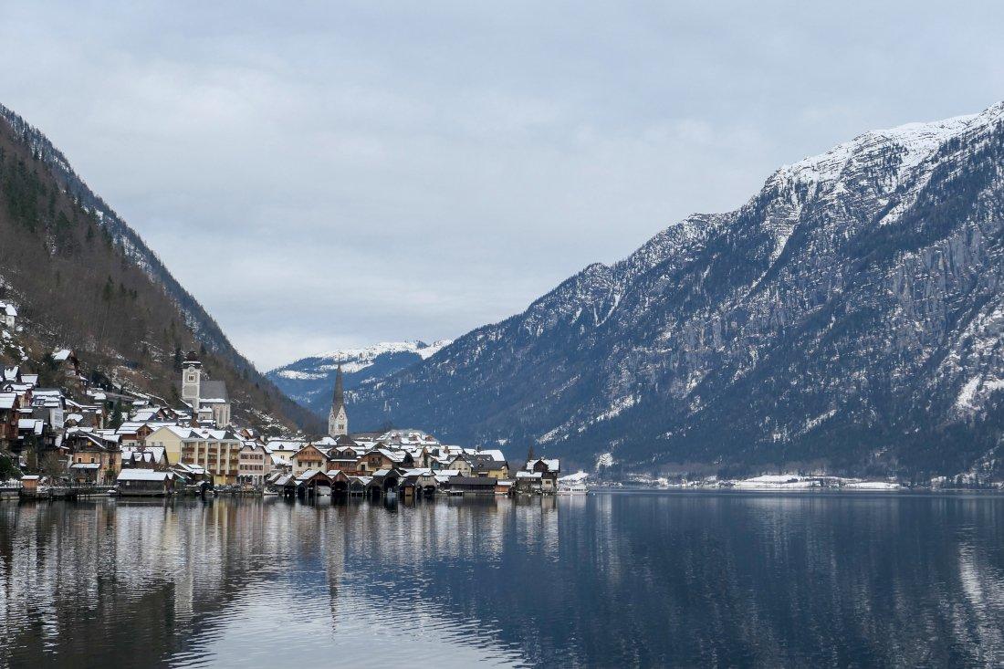 Lago em Hallstatt, Áustria