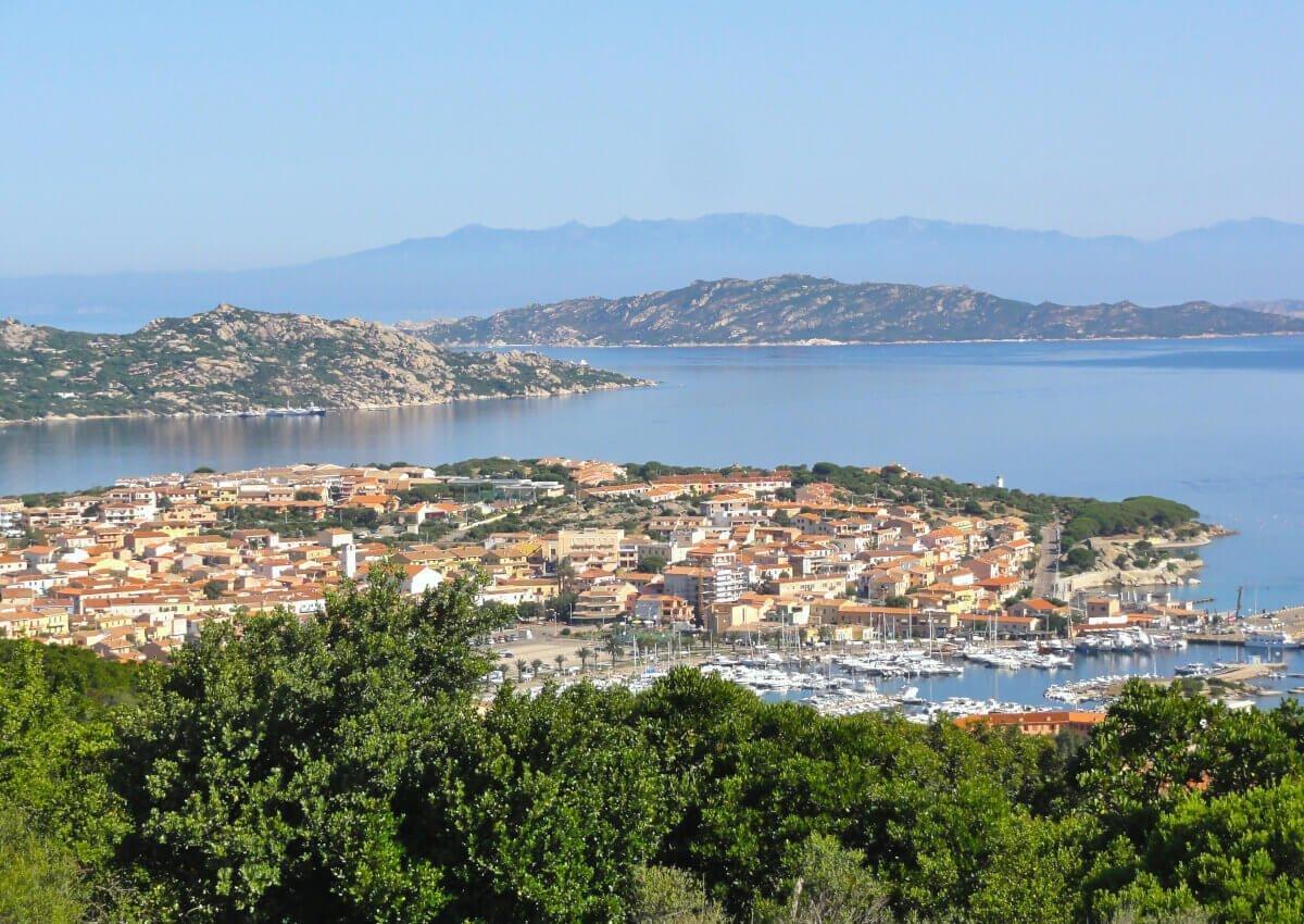 Views to Palau e Maddalena